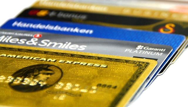 Jämför kreditkort för att hitta det som passar dig bäst